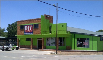 DIY Depot franchise Green Storefront