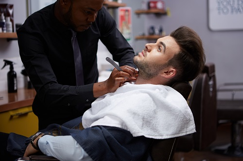 sorbet-man-barber-shaving-beard